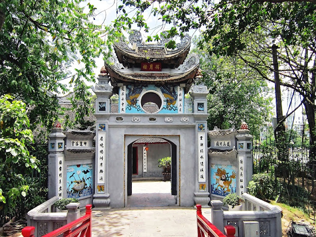 Top 5 places to visit in Hanoi during Tet holiday 4