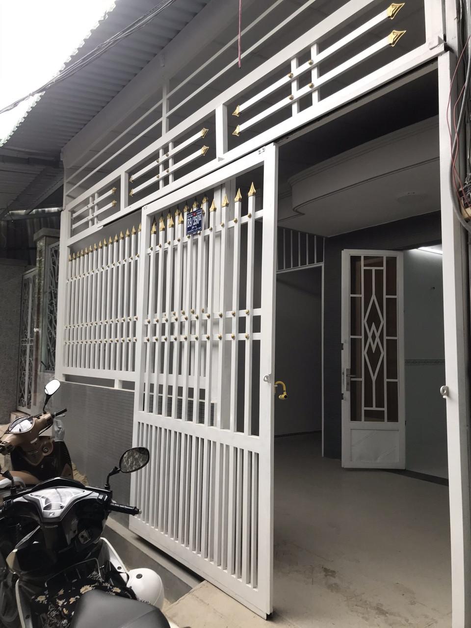 Bán nhà đường Quốc lộ 50 Phong Phú Bình Chánh. DT 5x14m