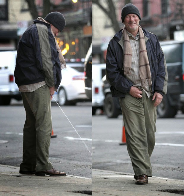 Richard Gere is caught peeing in the street