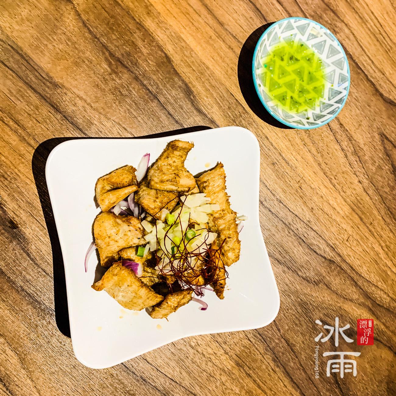 台灣人必點的松阪豬,這家的口味也不錯,肉質也很好歐!
