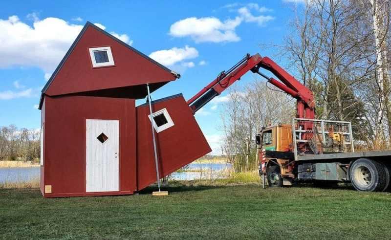 Brette Haus, Foldable House