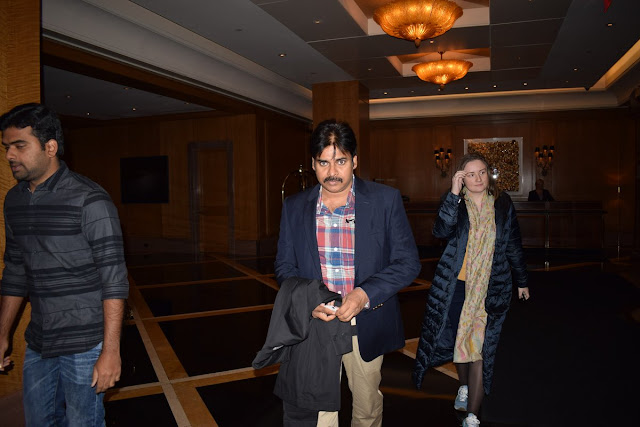 PawanKalyan with his wife Anna Lezhneva at Boston Airport
