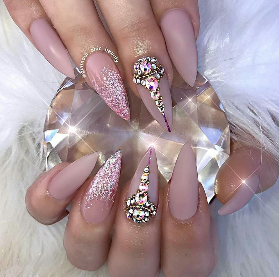 Glitter Nail Art Ideas: 13 Inspirational Glitter Nail Art Designs