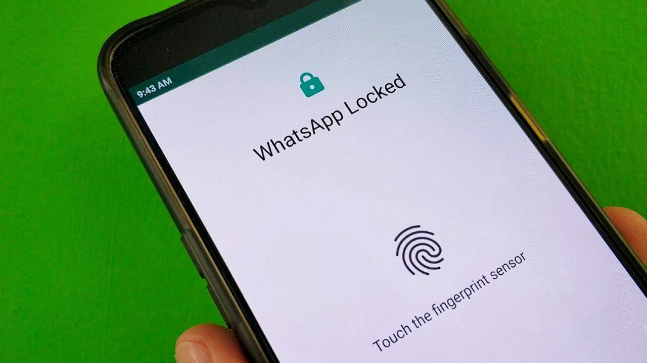 Cara Mengamankan WhatsApp dengan Sidik Jari (uptodown.com)