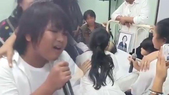 Ibunda Gogo Simanjuntak Peserta Idol Junior Meninggal Karena Kanker ...