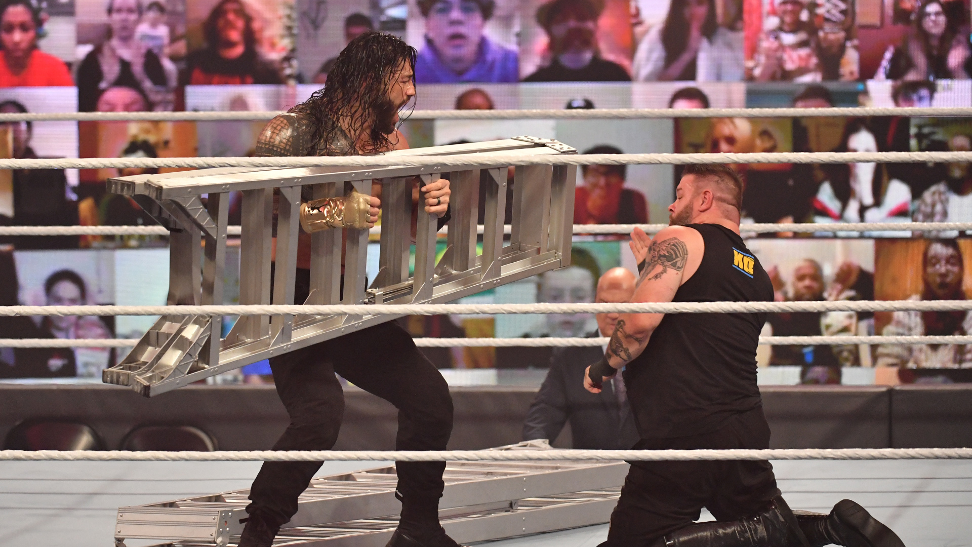 Kevin Owens fala sobre seu combate com Roman Reigns no WWE TLC