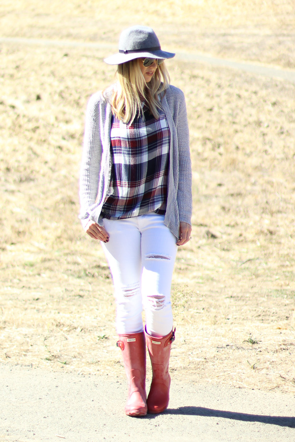 fall top plaid flannel white jeans hunter boots parlor girl