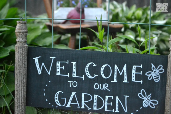 Inexpensive Garden Junk Ideas