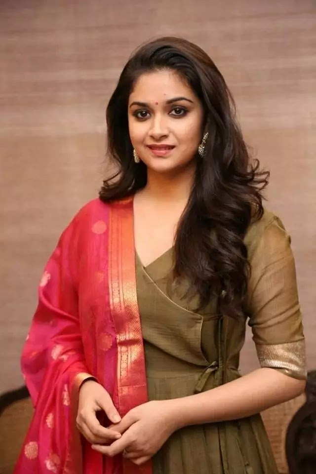 Keerthy Suresh Family, Husband, Biography, Son, Age, Networth, Height, || कीर्ति सुरेश बायोग्राफी