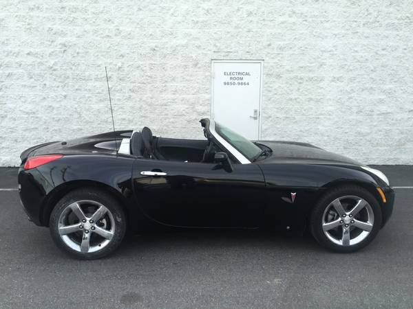 Black On Black 2007 Pontiac Solstice Roadster | Auto ...