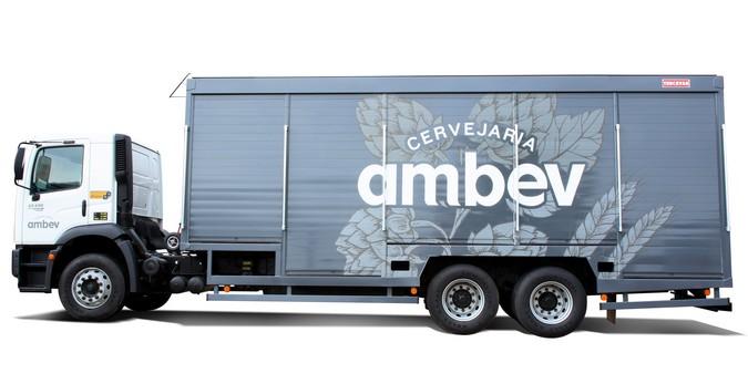 Truckvan realiza venda recorde de 561 implementos para frota parceira da Ambev