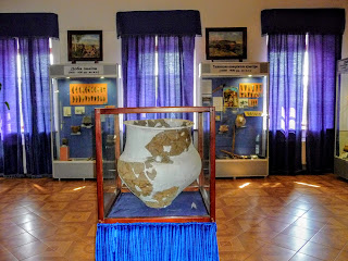 Дубно. Замок; Дворец Острожских. Музейные экспозиции