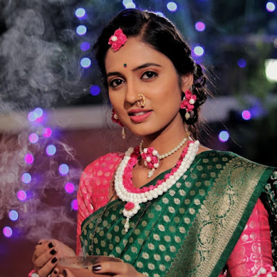Vidula Chougule (Actress) Biography, Wiki, Age, Height, Career, Family, Awards and Many More