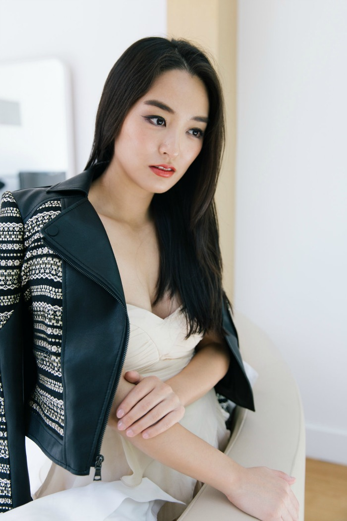 korean blogger in beige strapless gown