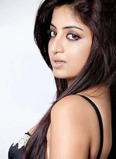 Poonam Kaur hot, marriage, movies, photos, navel, hot photos, facebook, hot pics, age, actress, hot images, husband, lal, ipl, wiki