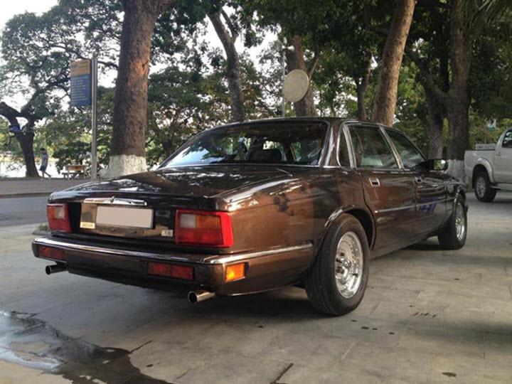 Jaguar XJ6 'siêu hiếm' xuất hiện tại Việt Nam