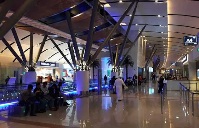 Entering in Oman is restricted only to nationals and its Expats, More Clarification on Issued visas