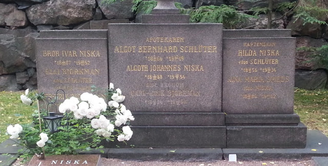 Schlüter Family plot in Hietaniemi Cemetery in Helsinki (From Find-a-Grave) Left panel - Bror Ivar Niska (1887-1952 - brother of Algoth) Centre panel - Algot Bernhard Schlüter (1864-1919 - uncle of Algoth) Centre panel - Algoth Johannes Niska (1888-1954) Right panel - Hilda Niska (nee Schlüter) (1854-1934 - mother of Algoth) Right panel - Aina Maria Smeds (nee Niska) (1886-1952 - sister of Algoth