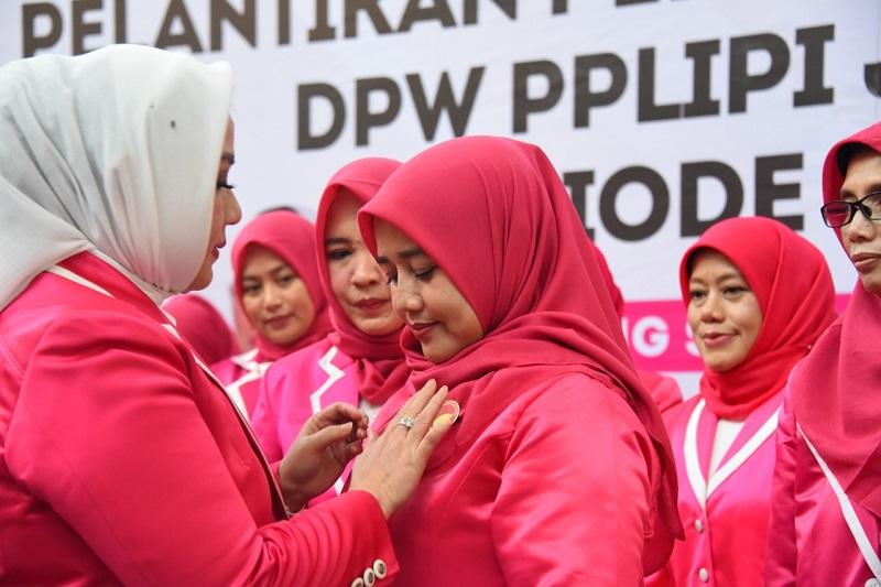 Lina Ruzhan Resmi Jadi Ketua DPW PPLIPI Jabar