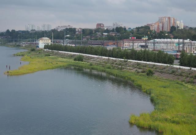 Иркутск, вид с моста на железнодорожный вокзал
