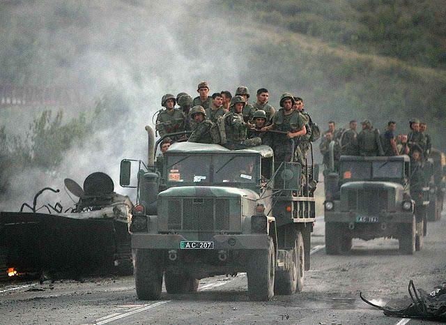 Tropas georgianas deixam Gorid diante de esmagadora superioridade do agressor russo