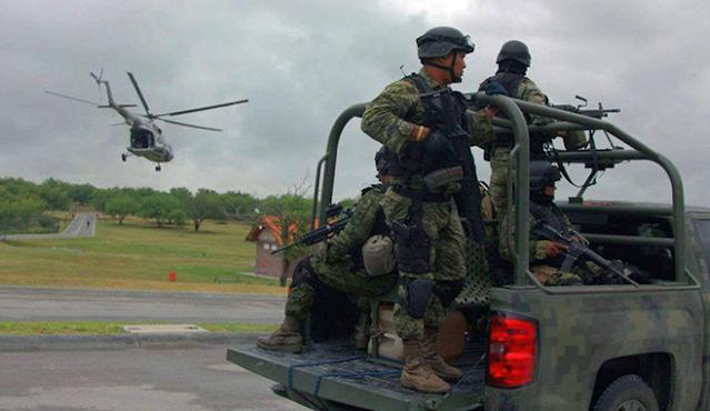 Ejercito en Nuevo Laredo, Tamaulipas es repudiado, extrajudicialmente ejecutan a 2 Sicarios del Cártel de Noreste que ya se habían entregado para abatir a una oncena de Sicarios