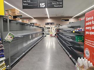 https://commons.wikimedia.org/wiki/File:Toilet_paper_shelves_empty_in_an_Australian_supermarket.jpg
