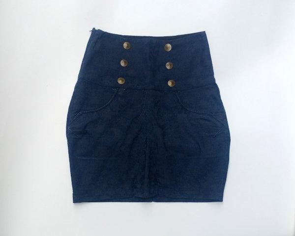 Saia jeans era calça virou short