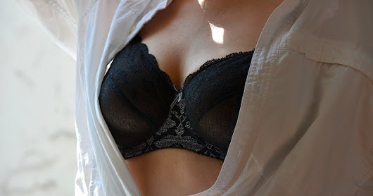 7 Reasons Why You Shouldn't Wear a Bra While Sleeping?