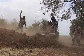 Bala Bantuan Pasukan Rezim Syiah Nushairiyah Memasuki Daraa dengan Senjata Berat