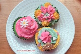 es teler cupcakes buatan rafa shahira masak bersama barbie resep chef stella lowis nurul sufitri blogger almond zucchini cooking class