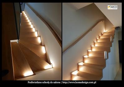 podświetlane schody do salonu