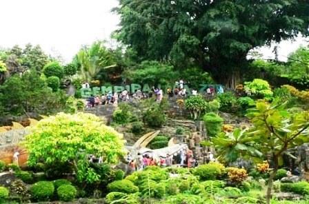 Wisata Bonbin Gembira Loka Yogyakarta
