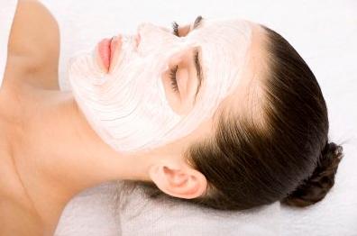 Perawatan Wajah Dengan Masker Bengkoang