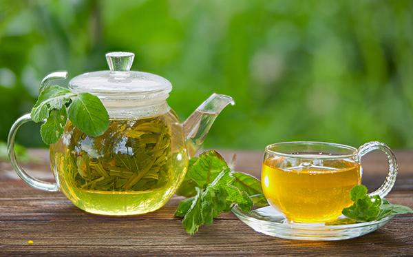 Detoks zielona herbata z octem jabłkowym