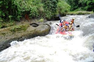 Rafting Bogor (Arung Jeram)