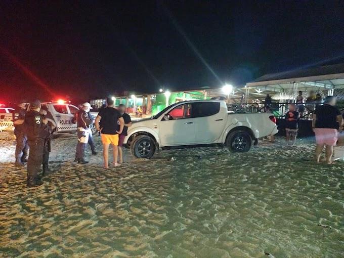 PM encerra festa com aglomeração e paredões de som na praia de Tibau