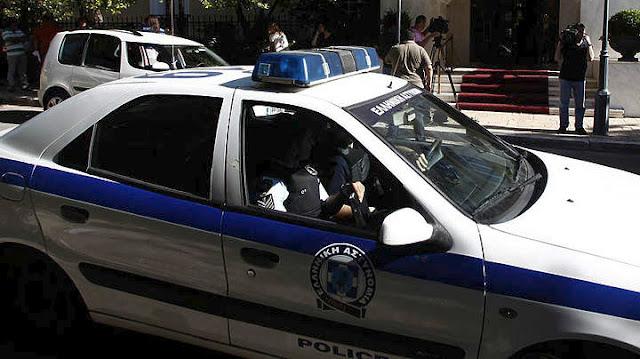 Αναζητήσεις από την αστυνομία στην Αργολίδα: Δράστες κλοπής αυτοκινήτου το εγκατέλειψαν και τράπηκαν σε φυγή