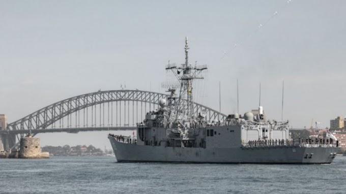 Τίτλοι τέλους για την κλάση Adelaide για το Aυστραλιανό Ναυτικό. Εκτός και η HMAS Melbourne.
