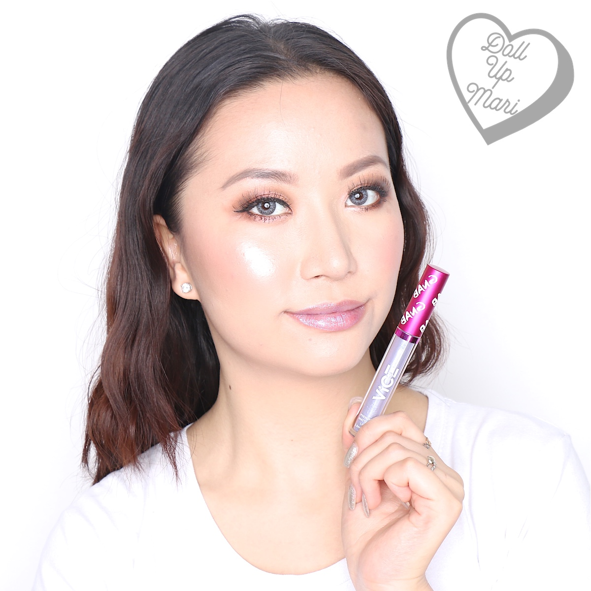Mari wearing the Glitter Topper of the Fashown set of Vice X Bang Lip set collection