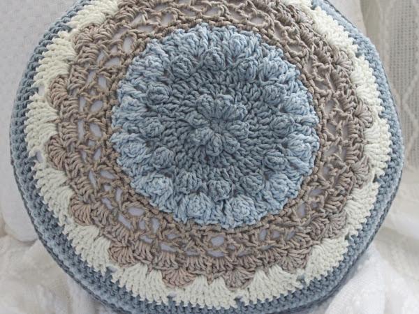 Daisy Wheel Roundie Cushion