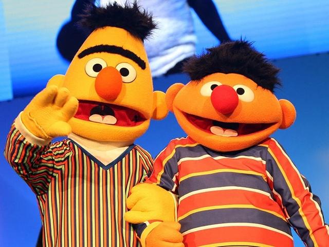 """Plaza Sésamo"": Confirman que Beto y Enrique eran pareja"