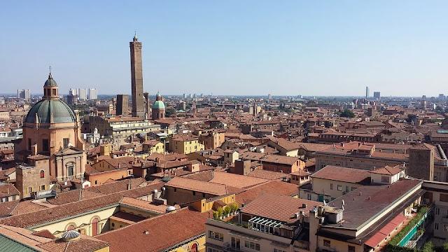 Bologna-architettura