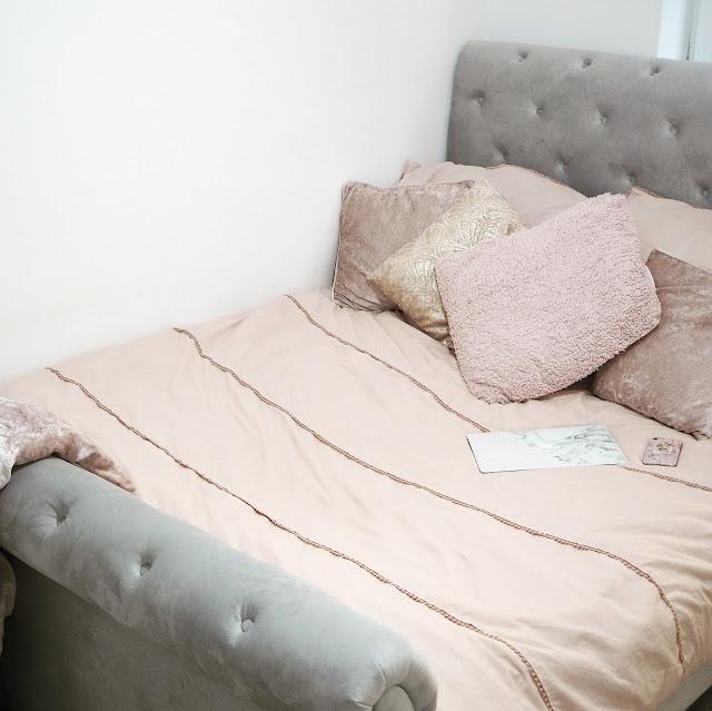 Home Styling Lovelaughslipstick Blog Bed