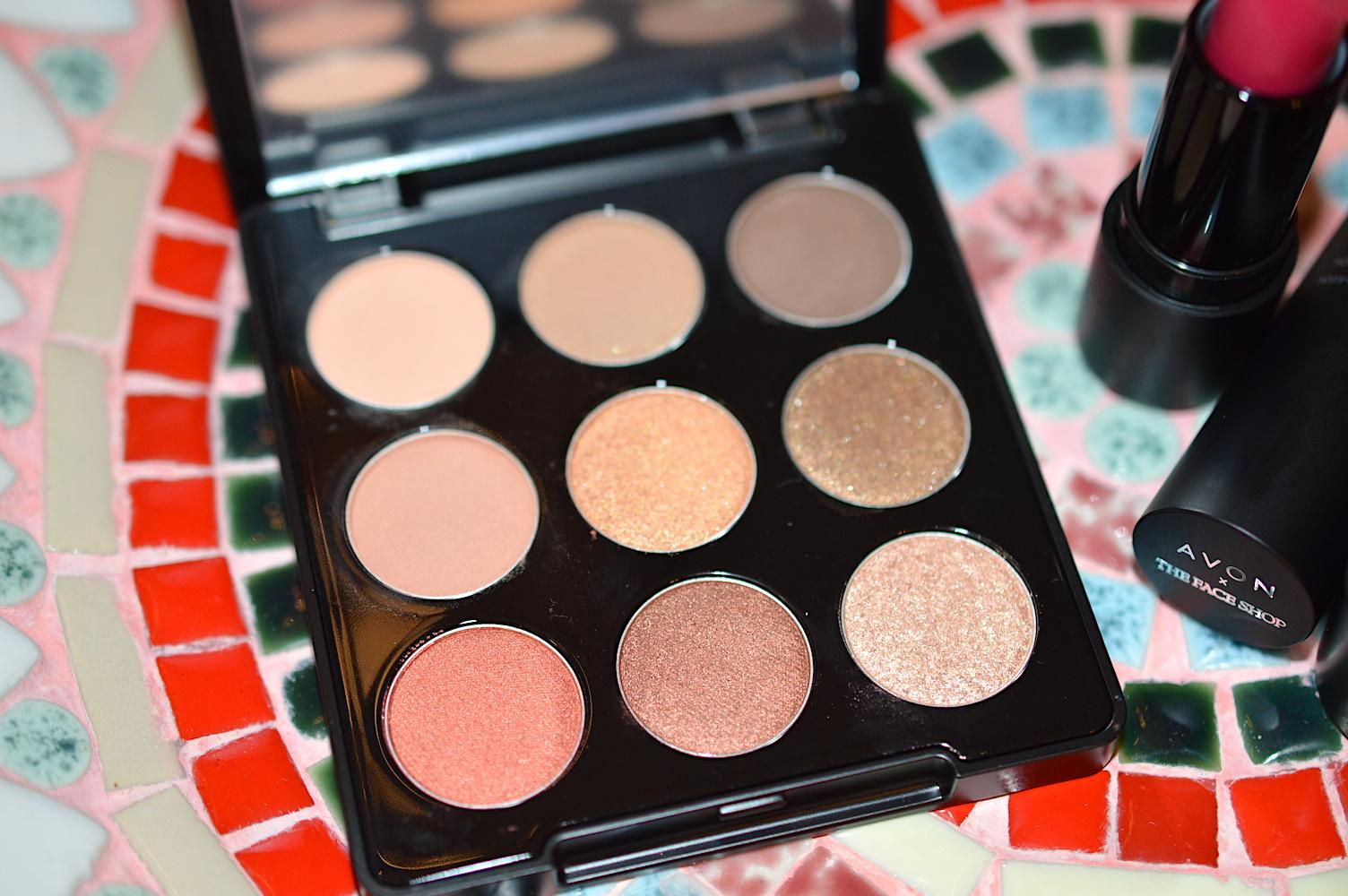 AVON Mono Pop Eyeshadow Palette Review
