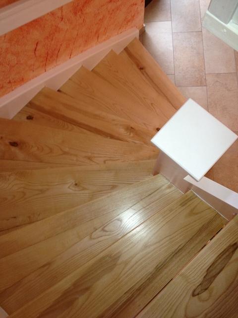 holz treppenstufen schleifen und lackieren. Black Bedroom Furniture Sets. Home Design Ideas