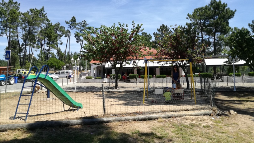 Parque Infantil Praia Fluvial do Trizio