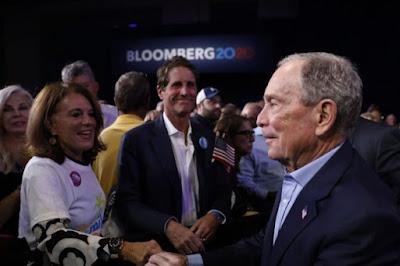 Bloomberg desiste nas primárias democratas para apoiar Joe Biden