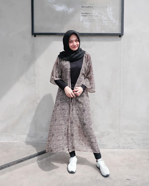 Long Outer for a Stylish Look