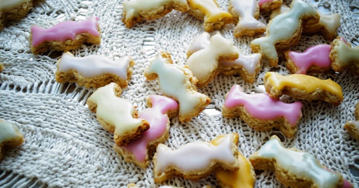 knusperkabinett vegane und glutenfreie oster bonbon kekse mit nat rlicher farbglasur. Black Bedroom Furniture Sets. Home Design Ideas